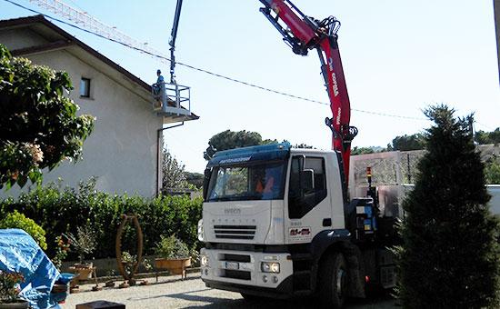 AUTOCARRO IVECO STRALIS 350 CON GRU